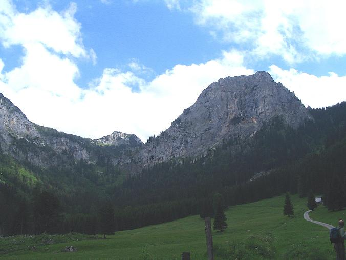 Foto: Andreas Koller / Wander Tour / Über die Gsollhütte auf die TAC-Spitze (2019 m) / Die Frauenmauer (1827 m) / 07.06.2007 22:55:26
