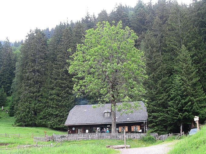 Foto: Andreas Koller / Wander Tour / Über die Gsollhütte auf die TAC-Spitze (2019 m) / Die Gsollhütte / 07.06.2007 22:55:40