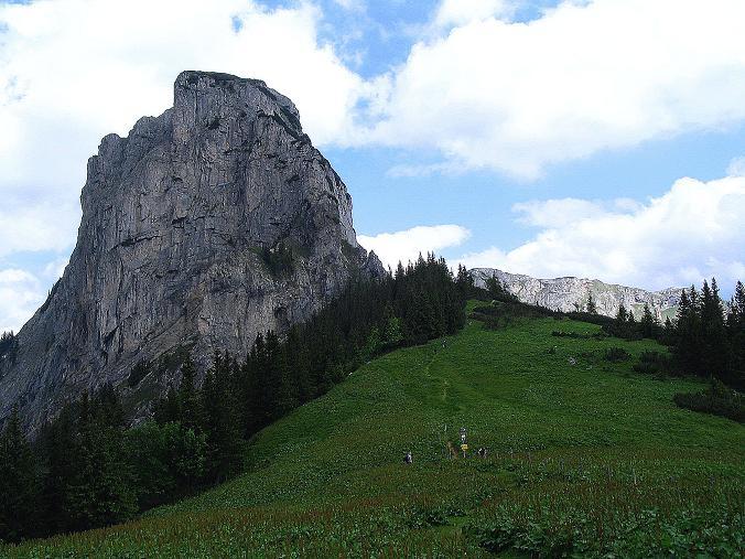 Foto: Andreas Koller / Wander Tour / Über die Gsollhütte auf die TAC-Spitze (2019 m) / Neuwaldegg Sattel und Frauenmauer (1827 m) / 07.06.2007 22:57:22