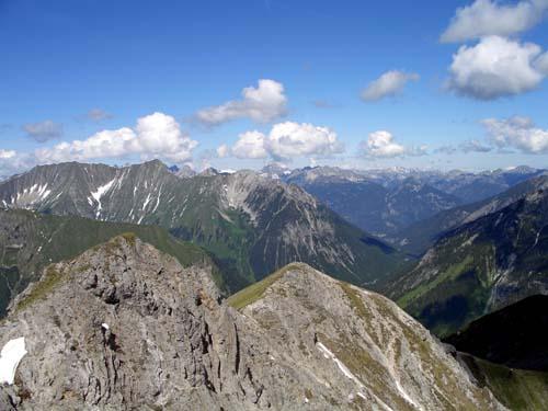 Foto: vince 51 / Wander Tour / Von Namlos auf Engelspitze und Seelakopf / 09.06.2007 23:14:24