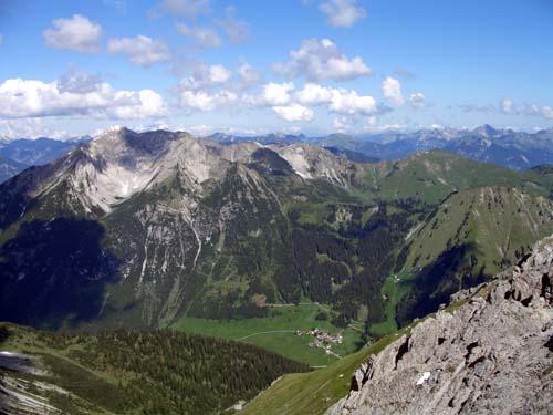 Foto: vince 51 / Wander Tour / Von Namlos auf Engelspitze und Seelakopf / 09.06.2007 23:13:29