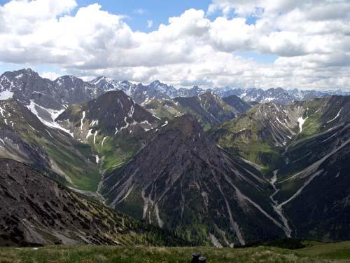 Foto: vince 51 / Wander Tour / Von Namlos auf Engelspitze und Seelakopf / 09.06.2007 23:10:56