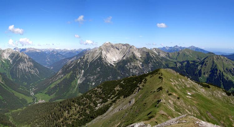 Foto: vince 51 / Wander Tour / Von Namlos auf Engelspitze und Seelakopf / 09.06.2007 23:07:11