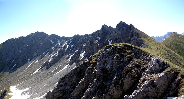 Foto: vince 51 / Wander Tour / Von Namlos auf Engelspitze und Seelakopf / 09.06.2007 23:06:59