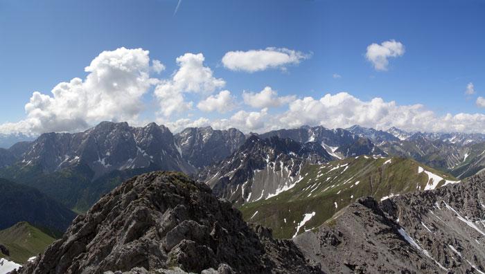Foto: vince 51 / Wander Tour / Von Namlos auf Engelspitze und Seelakopf / 09.06.2007 23:06:43