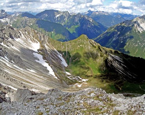 Foto: vince 51 / Wander Tour / Von Namlos auf Engelspitze und Seelakopf / 09.06.2007 23:06:31