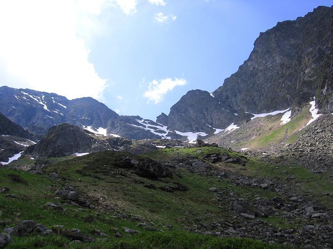 Foto: Andreas Koller / Wander Tour / Über die Hans Wödl Hütte auf die Hochwildstelle (2747 m) / Anstieg über den Höfertsteig in die Neualm Scharte / 11.06.2007 21:12:57