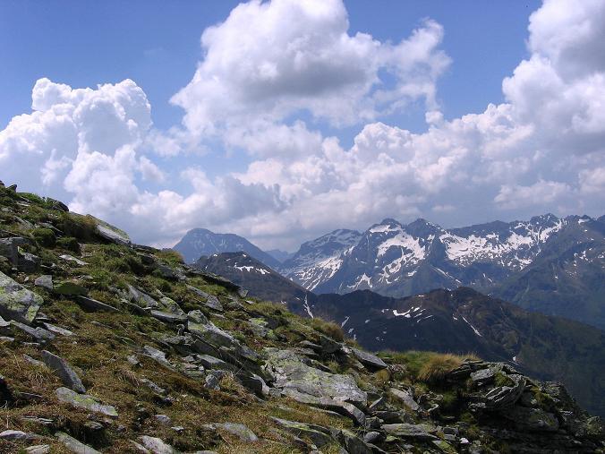 Foto: Andreas Koller / Wander Tour / Über die Hans Wödl Hütte auf die Hochwildstelle (2747 m) / Im W grüßt der Hochgolling (2863 m) / 11.06.2007 21:15:06