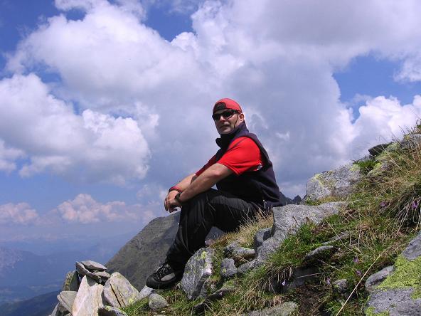 Foto: Andreas Koller / Wander Tour / Über die Hans Wödl Hütte auf die Hochwildstelle (2747 m) / Rast am NW-Grat / 11.06.2007 21:15:21