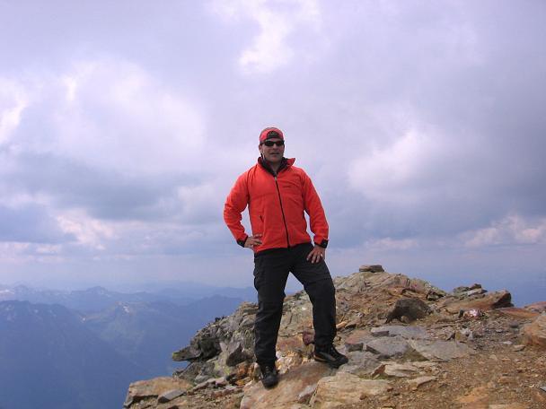 Foto: Andreas Koller / Wander Tour / Über die Hans Wödl Hütte auf die Hochwildstelle (2747 m) / Am Gipfel der Hochwildstelle / 11.06.2007 21:18:21