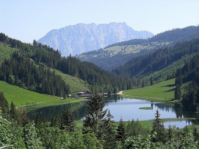 Foto: Andreas Koller / Wander Tour / Über die Hans Wödl Hütte auf die Hochwildstelle (2747 m) / Böick auf den Steirischen Bodensee und die gegenüberliegende Kammspitze (2139 m) / 11.06.2007 21:07:39