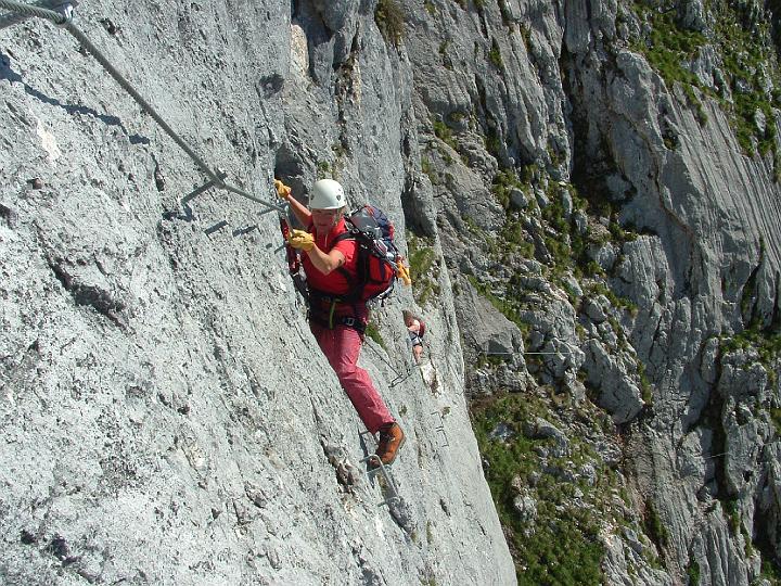 Foto: Johann Kussegg / Klettersteig Tour / Hochthron-Klettersteig  / Kletterei zwieschen Gamsband und Genußwandl / 13.06.2007 11:42:22