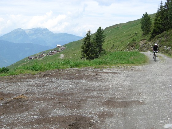 Foto: mucho / Mountainbike Tour / Stumm - Kapaunsalm - Gerlos / Kapaunsalm / 13.06.2007 19:20:34
