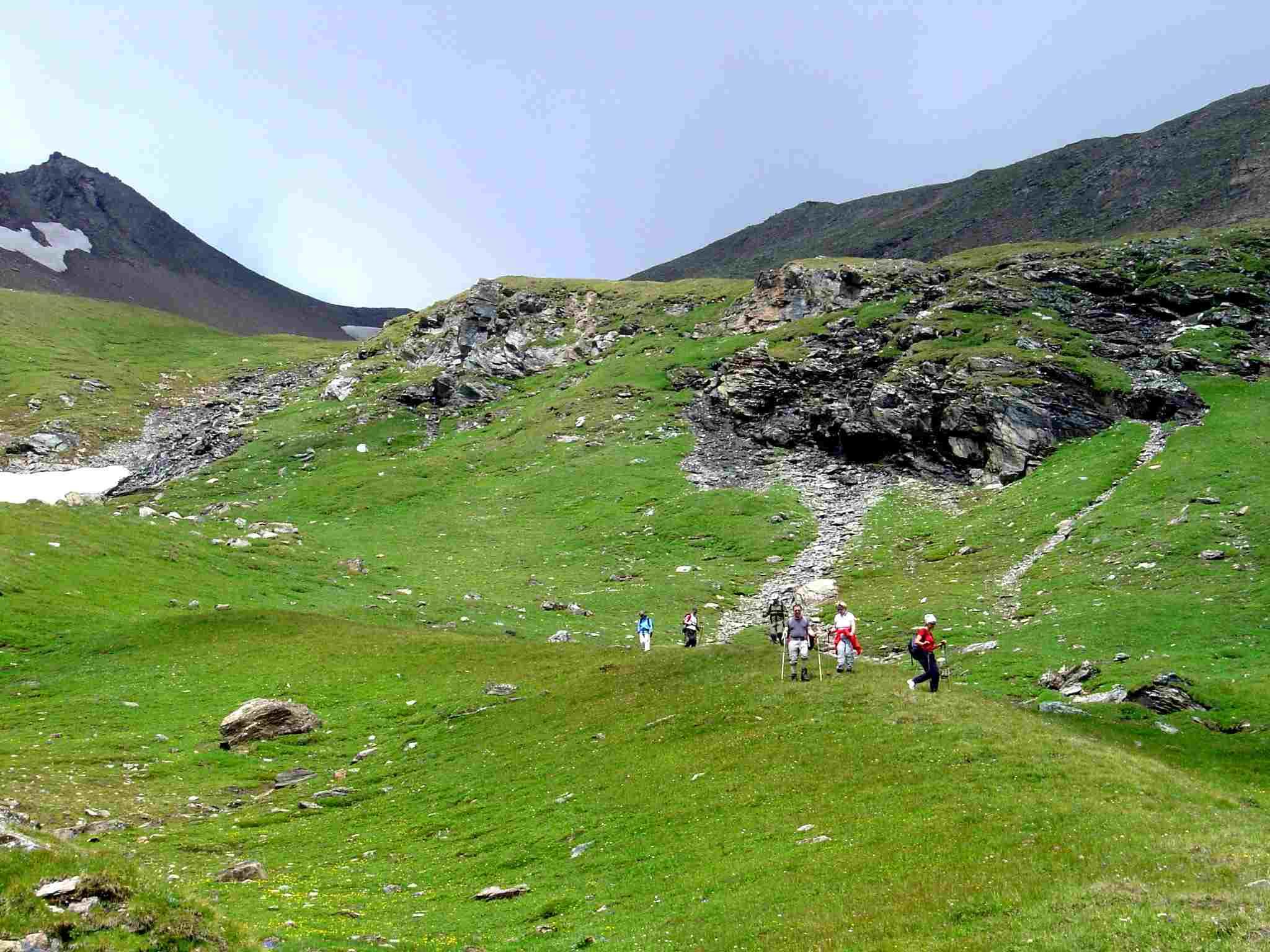 Foto: Manfred Karl / Wander Tour / Über Blumenwiesen auf die Racherin / Abstieg unterhalb der Schlüsselstelle. / 17.06.2007 06:17:20