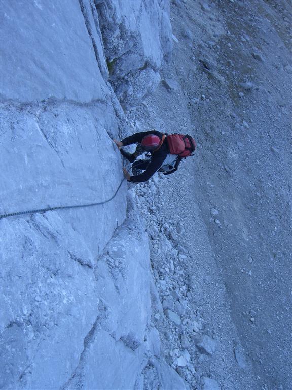 Foto: fliege / Kletter Tour / Lauf Forest lauf VI 4+ A0 / Pichler Ewald bei der Erstbegehung in der 1. Seillänge / 13.07.2007 19:36:42
