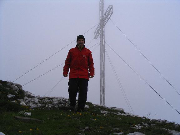Foto: Andreas Koller / Wander Tour / Stanserjoch und Tunnelsteig (2102m) / Stanserjoch-Gipfel / 18.06.2007 17:20:05
