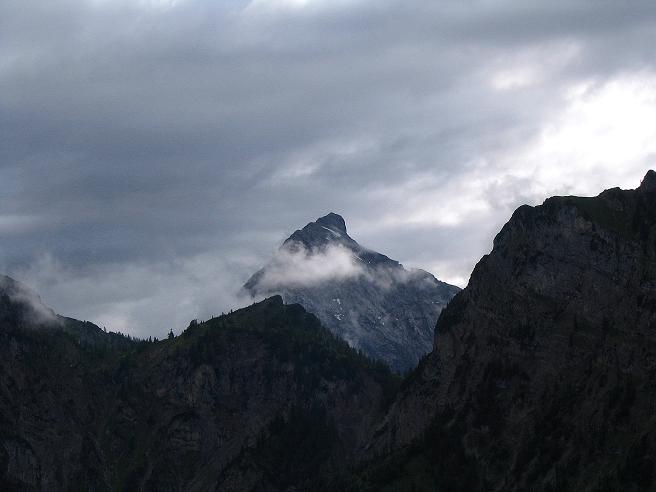 Foto: Andreas Koller / Wander Tour / Stanserjoch und Tunnelsteig (2102m) / Die Lamsenjochspitze im W (2508 m) / 18.06.2007 17:22:20