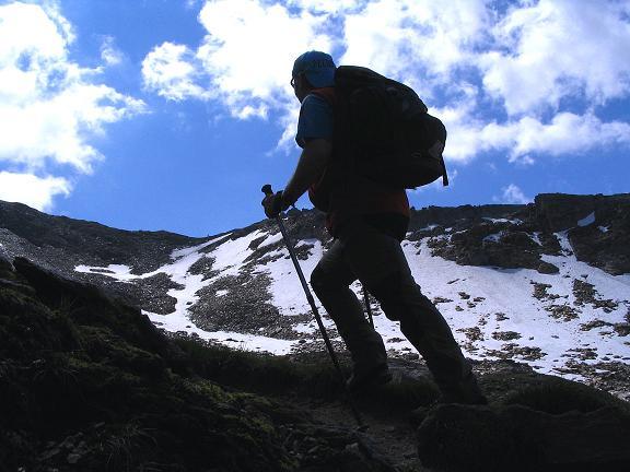 Foto: Andreas Koller / Wander Tour / Ahornspitze und Popbergschneid (2976m) / Der Aufstieg in die Scharte auf der Popbergschneid / 18.06.2007 18:01:54