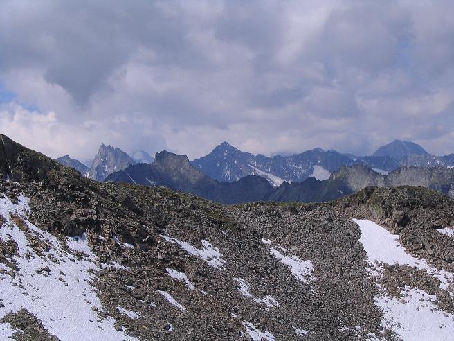 Foto: Andreas Koller / Wander Tour / Ahornspitze und Popbergschneid (2976m) / Über der Popbergschneid ist der Gigalitz zu erkennen (3001 m) / 18.06.2007 18:02:39