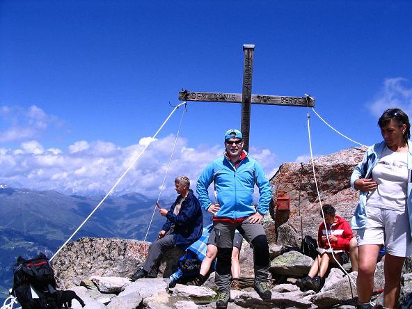 Foto: Andreas Koller / Wander Tour / Ahornspitze und Popbergschneid (2976m) / Ein gern besuchter Gipfel: die Ahornspitze / 18.06.2007 18:07:23