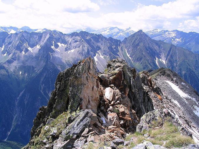 Foto: Andreas Koller / Wander Tour / Ahornspitze und Popbergschneid (2976m) / Eine der Schlüsselstellen im Gratverlauf / 18.06.2007 18:10:51
