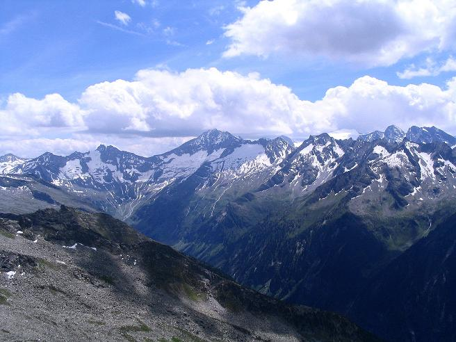 Foto: Andreas Koller / Wander Tour / Ahornspitze und Popbergschneid (2976m) / Blick in das Gebiet um den Großen Löffler (3379 m) / 18.06.2007 18:12:23