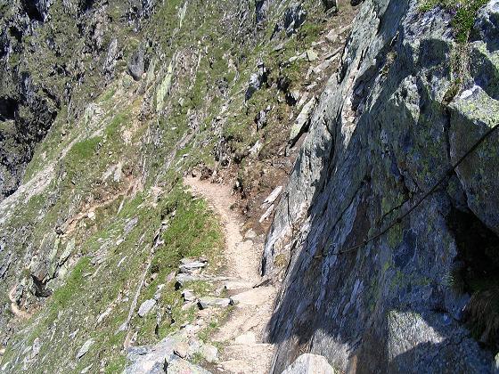 Foto: Andreas Koller / Wander Tour / Ahornspitze und Popbergschneid (2976m) / Gesicherter Abstieg zur Edelhütte / 18.06.2007 18:15:04