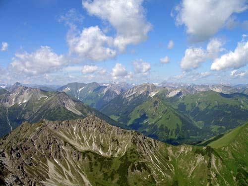 Foto: vince 51 / Wander Tour / Von Bichelbächle auf den Roten Stein / 18.06.2007 21:56:58