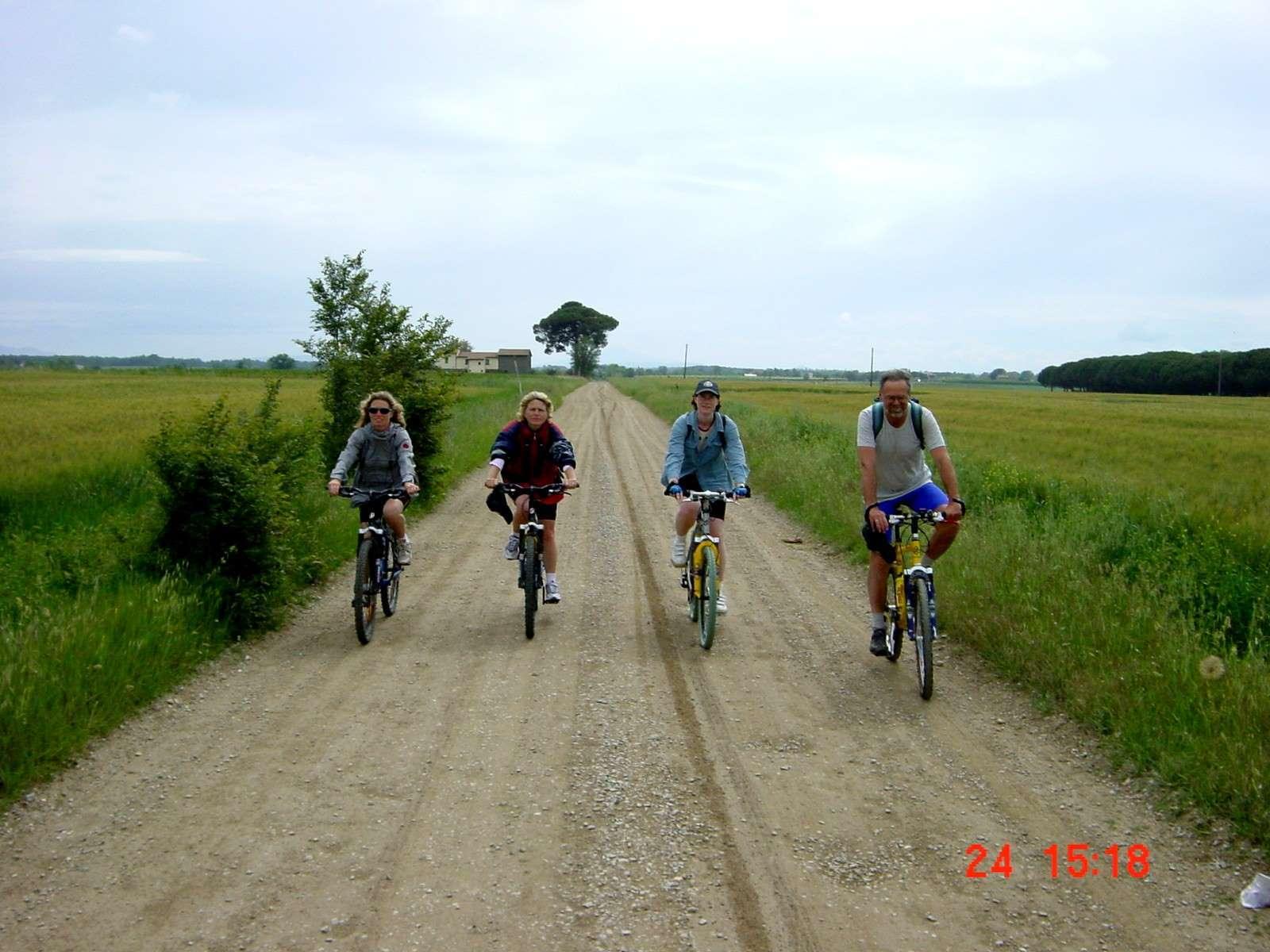 Foto: Manfred Karl / Mountainbike Tour / Von Castiglion Fiorentino zum Lago Trasimeno / 20.06.2007 17:53:59