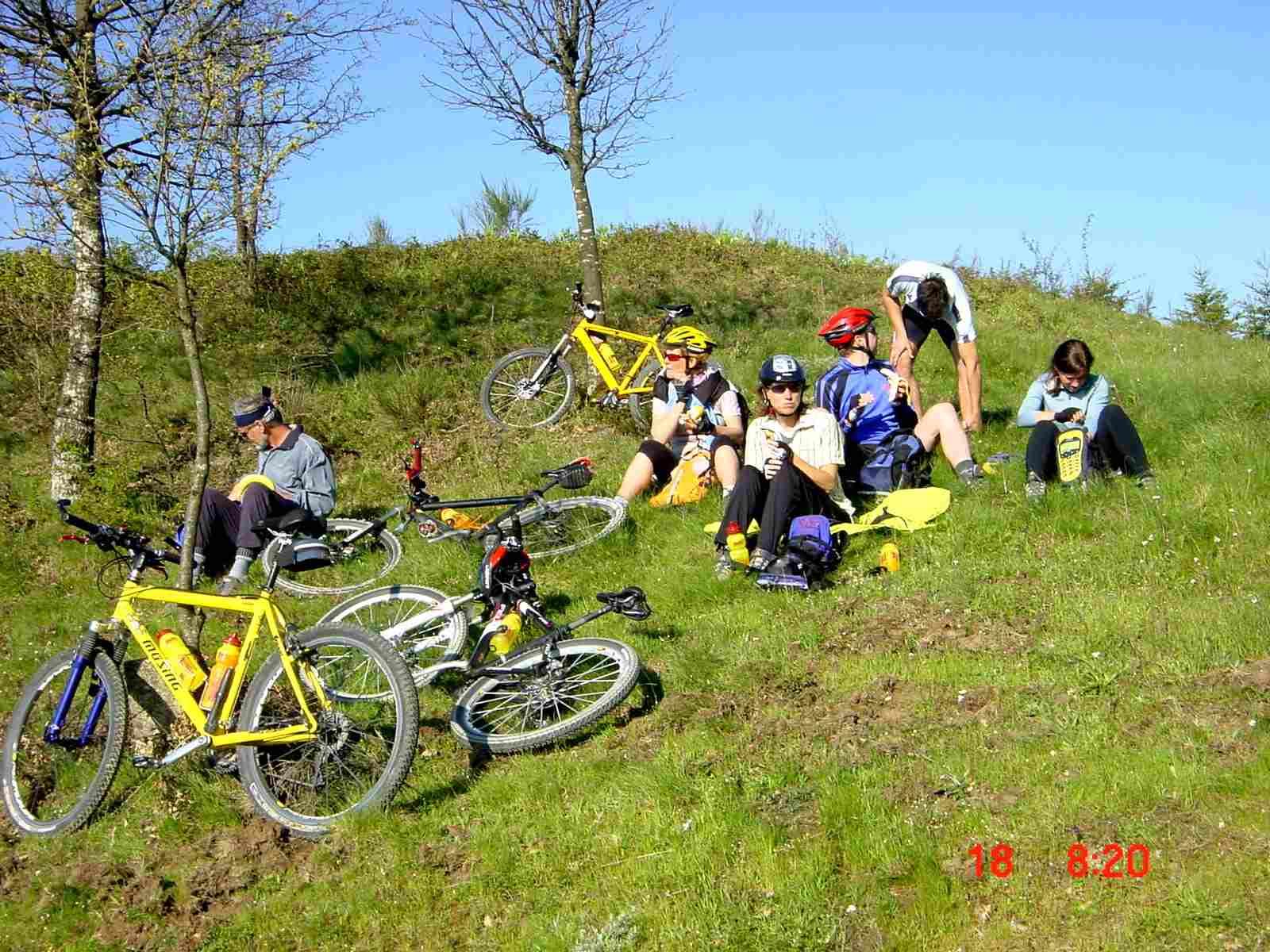Foto: Manfred Karl / Mountainbike Tour / Monte Ginezzo, 928 m / Erste Gipfelrast / 20.06.2007 06:21:46