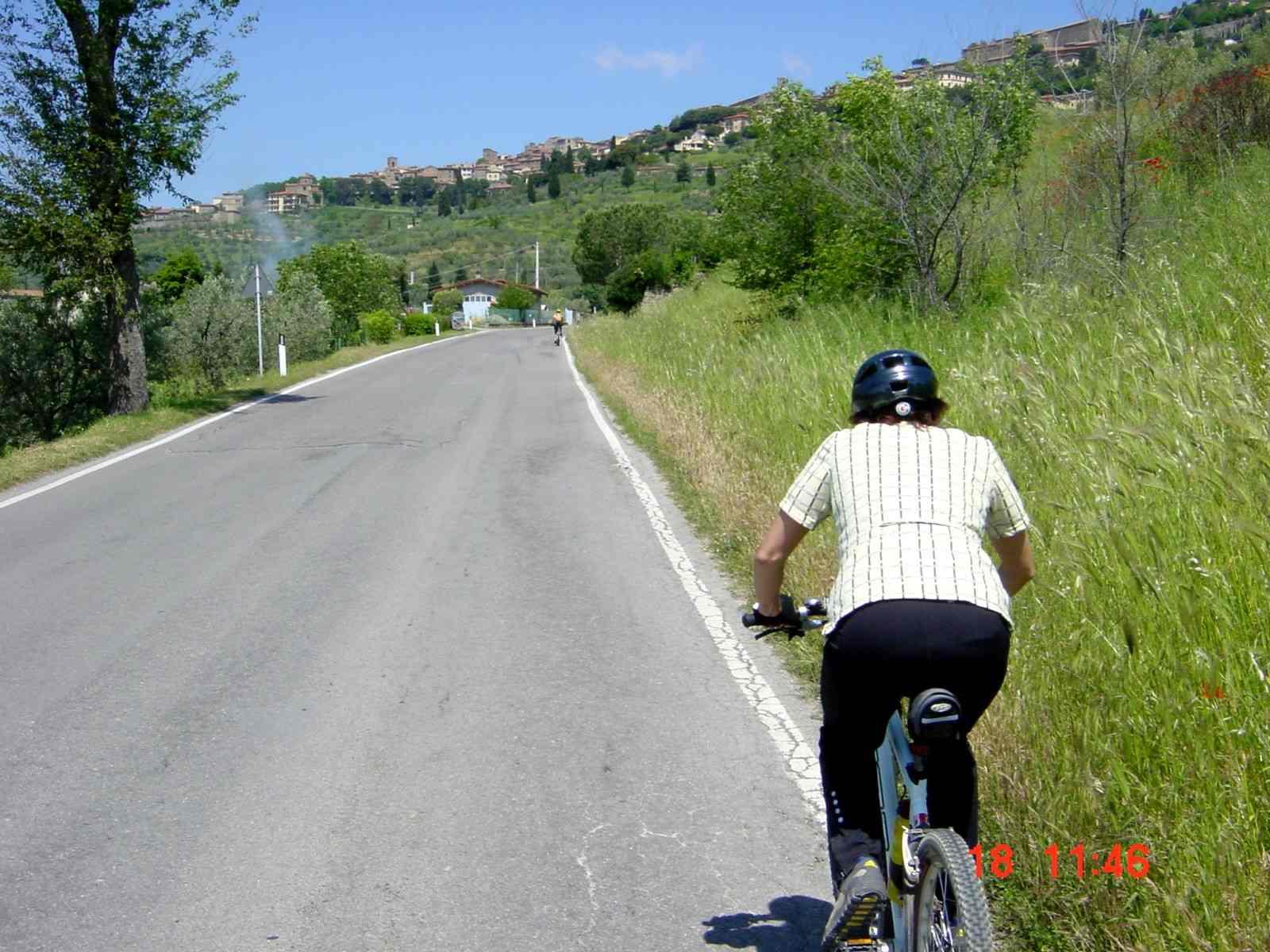 Foto: Manfred Karl / Mountainbike Tour / Monte Ginezzo, 928 m / Vor Cortona / 20.06.2007 06:16:33