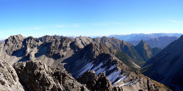 Foto: vince 51 / Wandertour / Vier-Gipfel-Tour von der Memminger Hütte / 19.06.2007 21:56:24