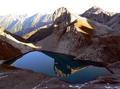 Foto: vince 51 / Wandertour / Vier-Gipfel-Tour von der Memminger Hütte / 19.06.2007 22:11:21