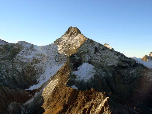Foto: vince 51 / Wandertour / Vier-Gipfel-Tour von der Memminger Hütte / 19.06.2007 21:57:16