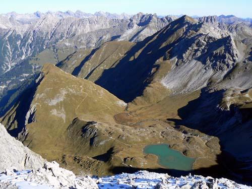 Foto: vince 51 / Wandertour / Vier-Gipfel-Tour von der Memminger Hütte / 19.06.2007 21:57:08