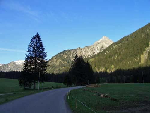 Foto: vince 51 / Wander Tour / Vom Vilsalpsee auf das Gaishorn / 20.06.2007 18:22:04