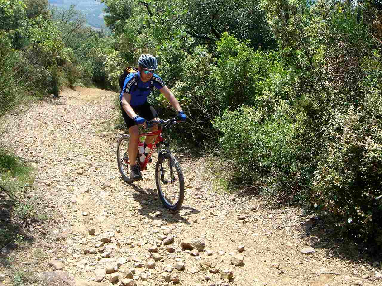 Foto: Manfred Karl / Mountainbike Tour / Von Bagno Vignoni nach Pienza / Lange Steigung nach Vignoni / 20.06.2007 17:49:22
