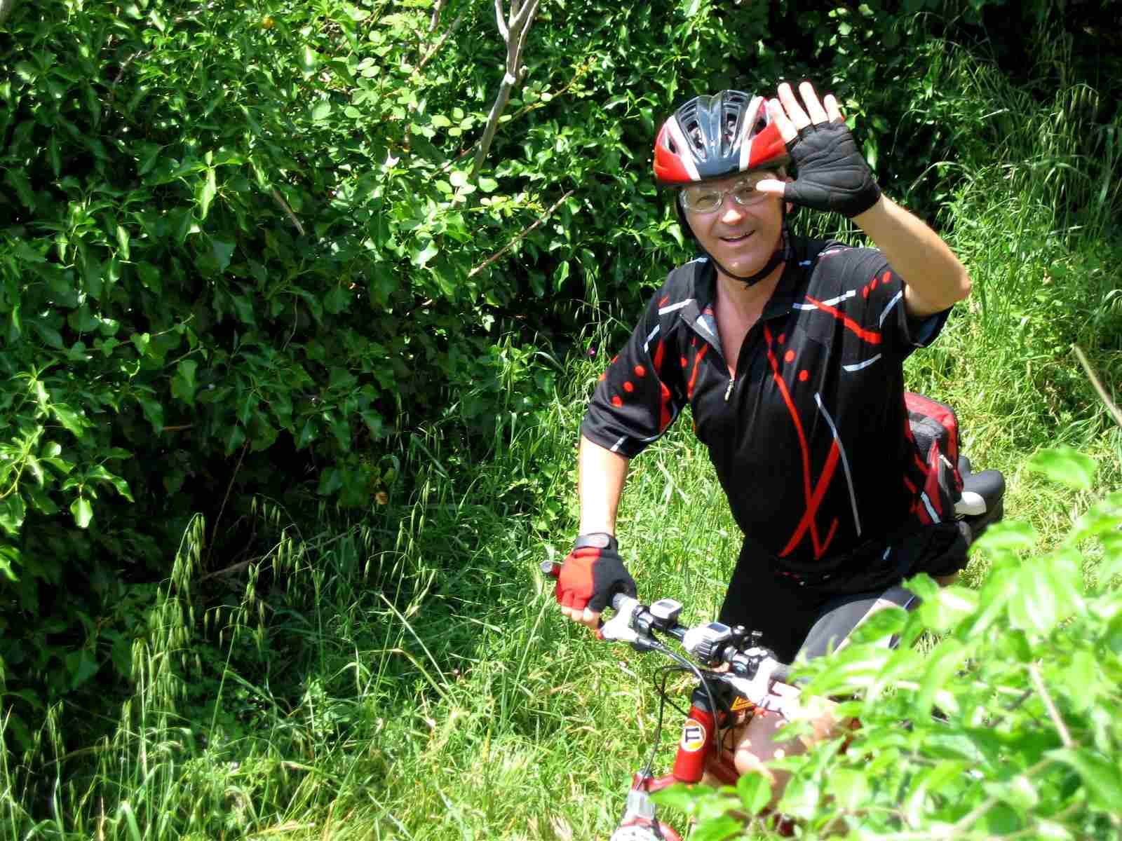 Foto: Manfred Karl / Mountainbike Tour / Von Bagno Vignoni nach Pienza / Auf dem Weg nach Vignoni / 20.06.2007 17:48:26