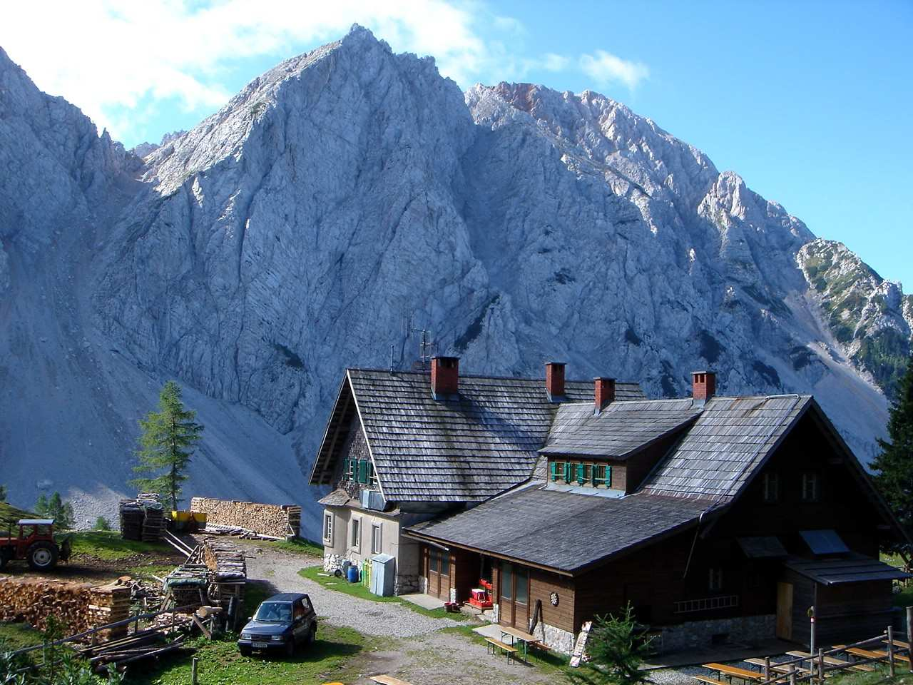 Foto: Manfred Karl / Wandertour / Über die Klagenfurter Hütte auf den Geißberg / Klagenfurter Hütte / 20.06.2007 18:10:31