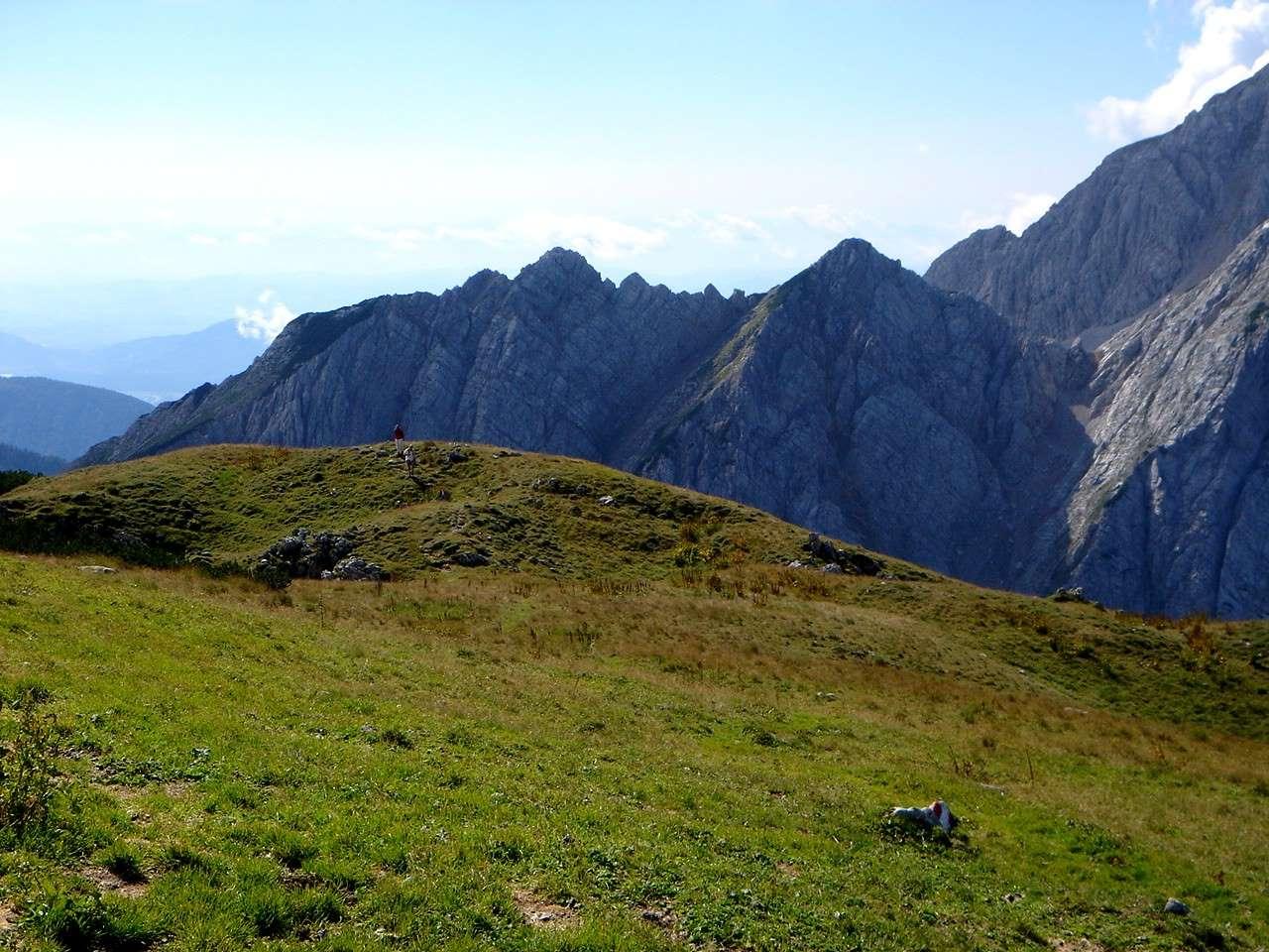 Foto: Manfred Karl / Wandertour / Über die Klagenfurter Hütte auf den Geißberg / Gipfelwiese / 20.06.2007 18:08:40