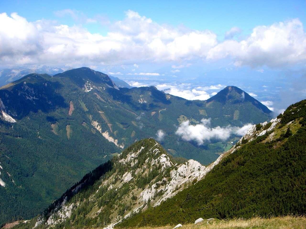 Foto: Manfred Karl / Wander Tour / Über die Klagenfurter Hütte auf den Geißberg / Blick übers Bärental / 20.06.2007 18:07:48