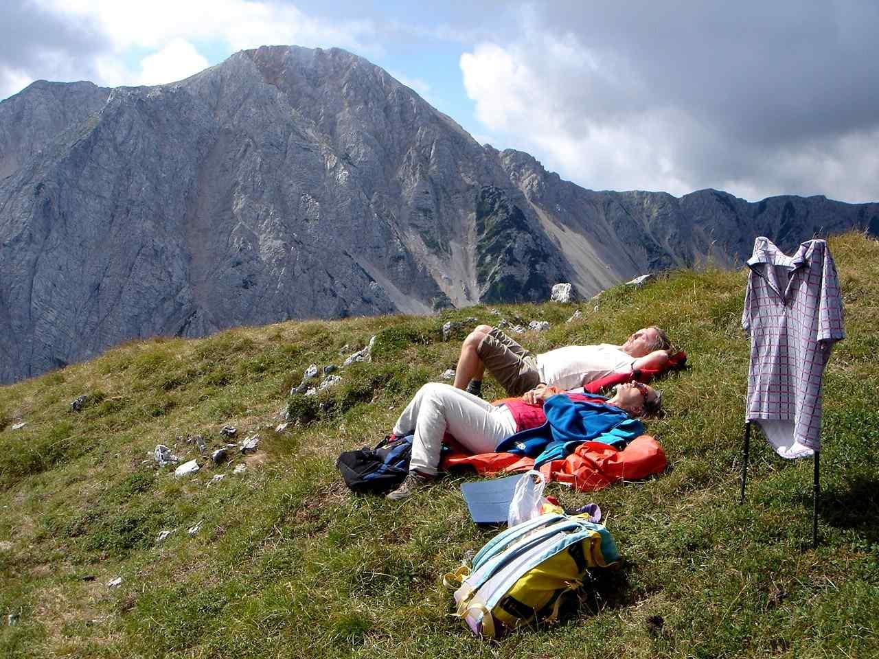 Foto: Manfred Karl / Wandertour / Über die Klagenfurter Hütte auf den Geißberg / Gipfelrast / 20.06.2007 18:07:03