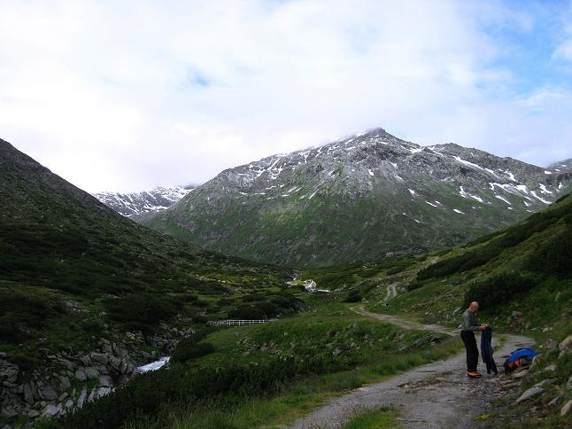 Foto: Andreas Koller / Wander Tour / Von der Osnabrückerhütte auf den Preimlspitz (3133 m) / Im Großelendtal zur Osnabrückerhütte / 27.06.2007 15:19:47