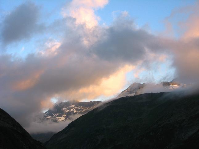 Foto: Andreas Koller / Wander Tour / Vom Maltatal ins Gasteinertal (2886 m) / Morgendlicher Blick auf den Keekogel / 27.06.2007 17:11:47