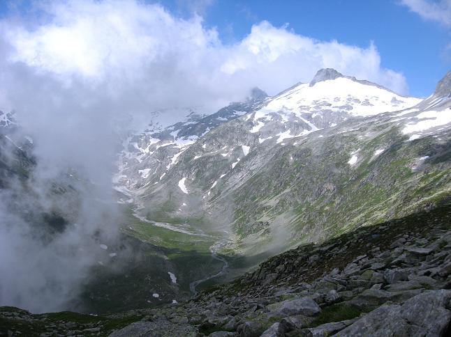 Foto: Andreas Koller / Wander Tour / Vom Maltatal ins Gasteinertal (2886 m) / Blick in das Kleinelendtal / 27.06.2007 17:12:27