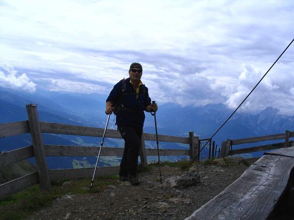 Foto: Andreas Koller / Wander Tour / Vom Loassattel über das Kellerjoch zum Spieljoch (2344 m) / Am Kellerjochgipfel / 03.07.2007 12:42:36