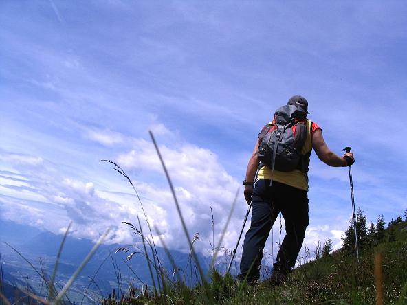 Foto: Andreas Koller / Wander Tour / Vom Loassattel über das Kellerjoch zum Spieljoch (2344 m) / Dynamischer Aufstieg auf den Kuhmesser / 03.07.2007 12:47:10