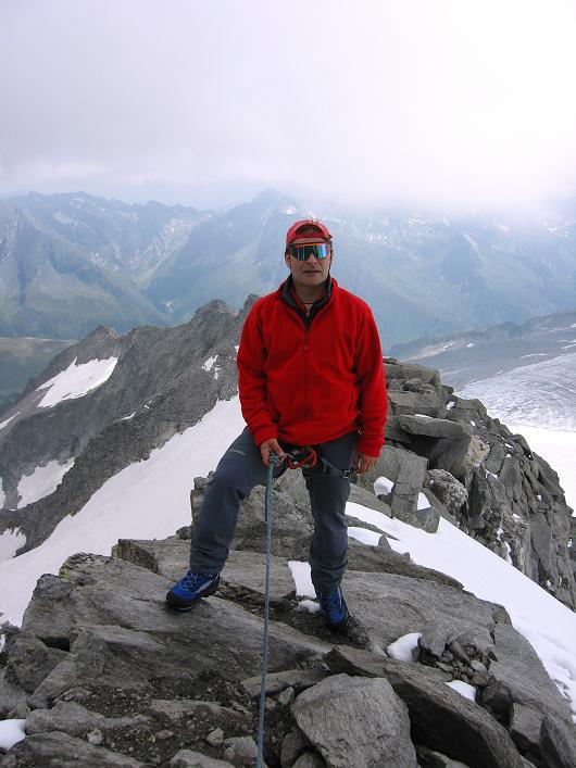 Foto: Andreas Koller / Wandertour / Schrammacher (3411 m) / Am S-Grat des Schrammacher / 03.07.2007 13:37:05