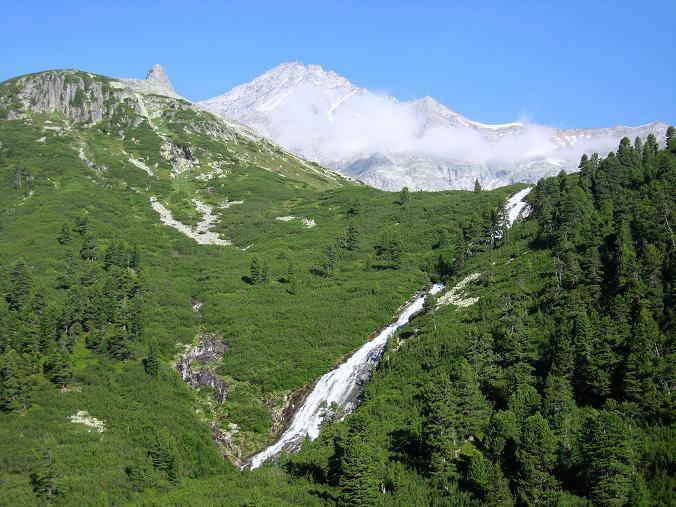 Foto: Andreas Koller / Wandertour / Schrammacher (3411 m) / Wasserfall des Unterschrammmach Baches und Schrammacher / 03.07.2007 13:42:12