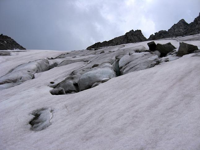 Foto: Andreas Koller / Wandertour / Schrammacher (3411 m) / Spalten am Oberschrammach Kees / 03.07.2007 13:34:25